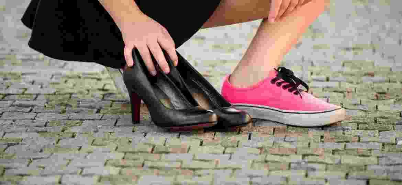 Escola australiana é criticada por dar aulas sobre como andar de salto para garotas - Getty Images