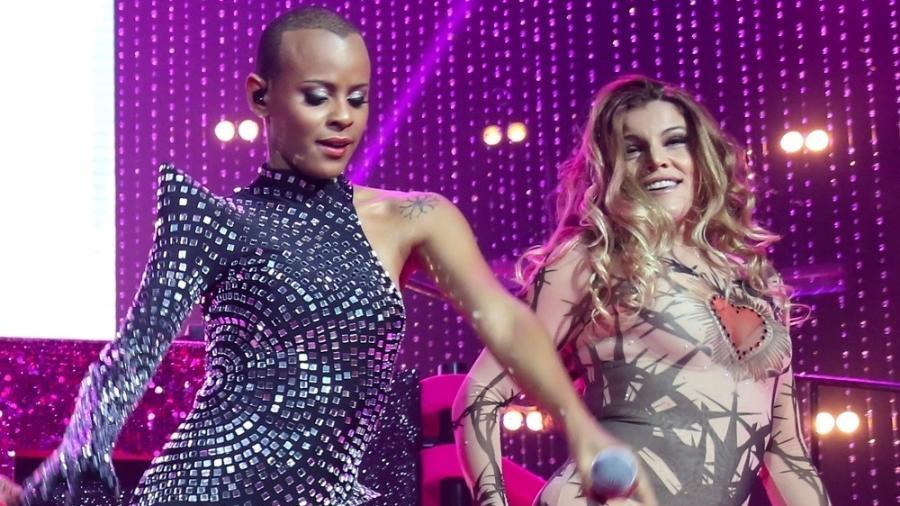 Aline Wirley e Fantine Thó apostaram em looks ousados para o show que marcou o retorno do Rouge no Rio de Janeiro - Roberto Filho/Brazil News