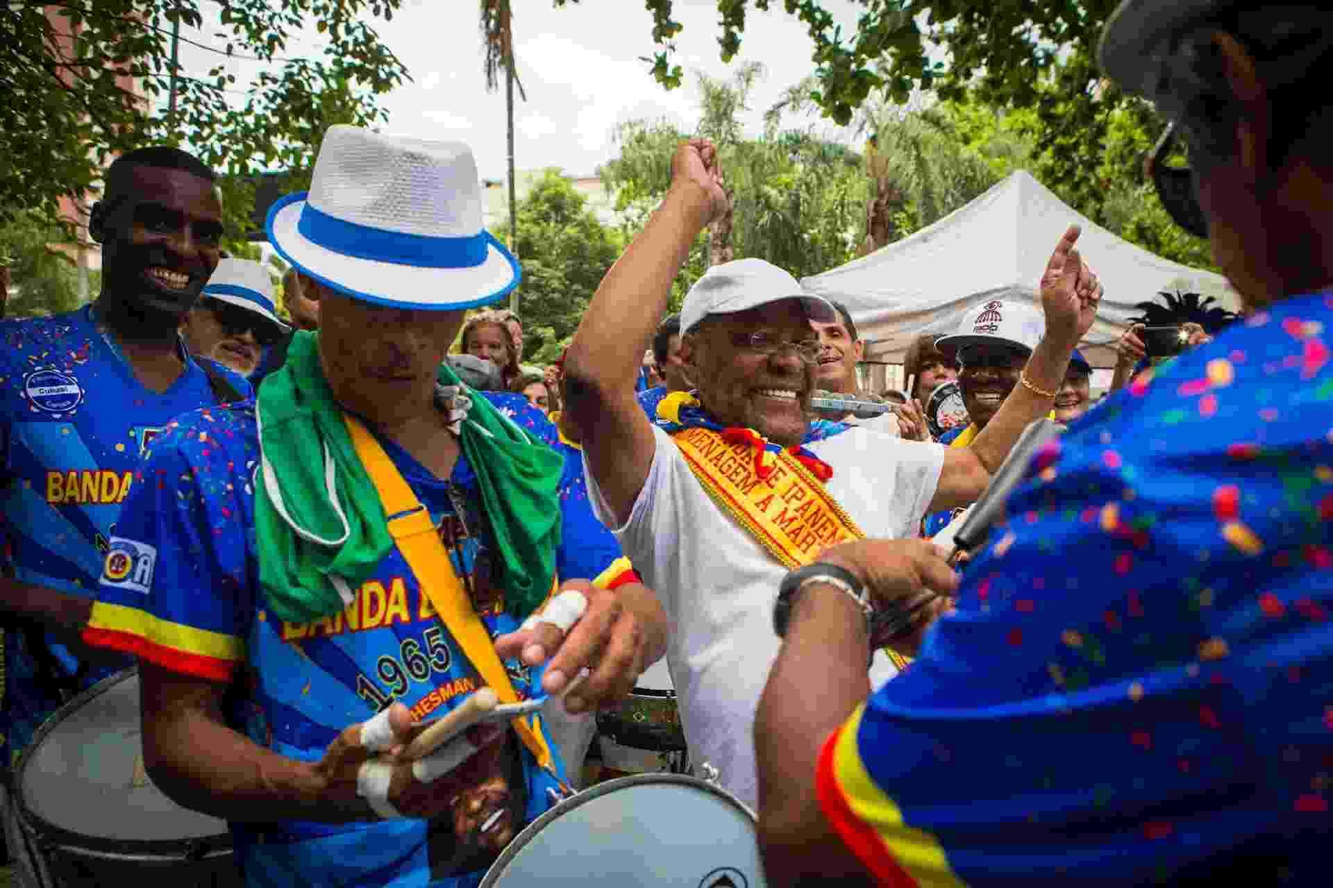 Martinho da Vila sacode o bloco Banda de Ipanema, no Rio de Janeiro - Luciola Villela/UOL