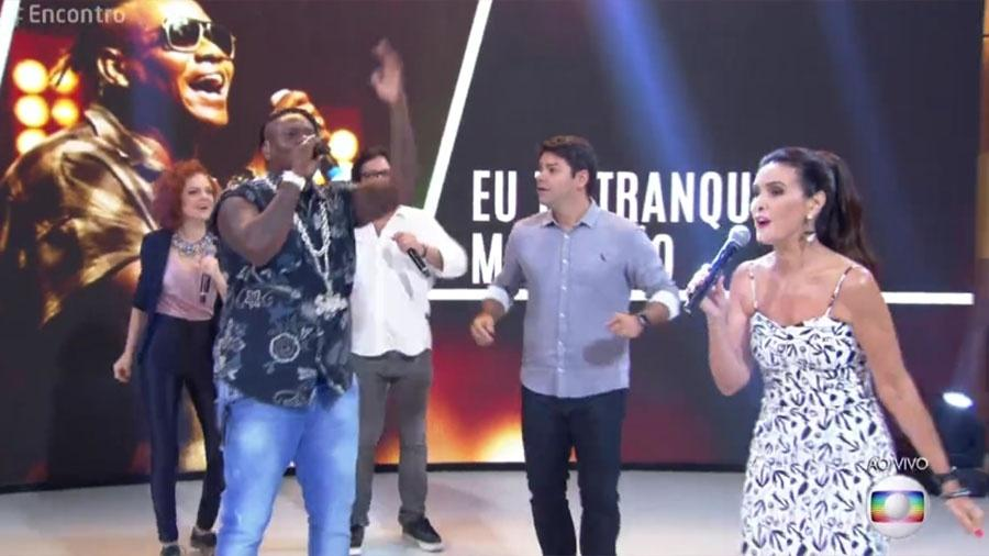 """Fátima canta e dança funk no """"Encontro"""" - Reprodução/Globo"""