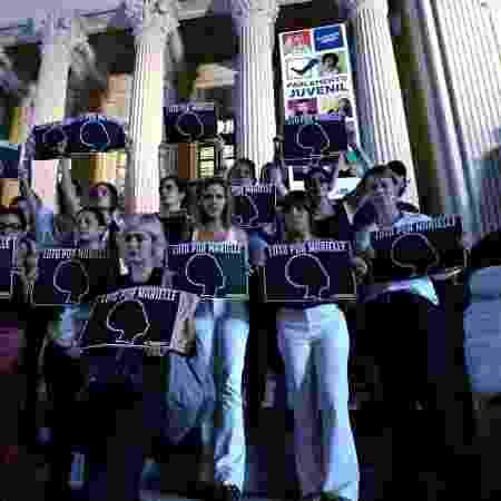 Atrizes como Glória Pires, Mariana Ximenes e Sophie Charlotte participaram da manifestação pela morte de Marielle Franco - Bruno Aragaki/Colaboração para o UOL - Bruno Aragaki/Colaboração para o UOL
