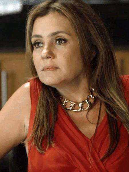 """A premiada Adriana Esteves teve em """"Renascer"""" um trabalho para ser esquecido - Reproudução/Globo"""