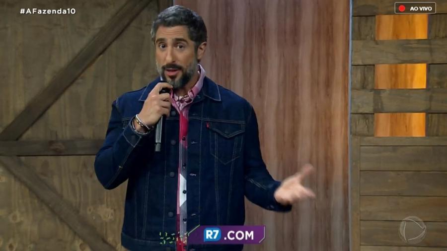 """Marcos Mion no programa ao vivo de """"A Fazenda 10"""" - Reprodução/RecordTV"""