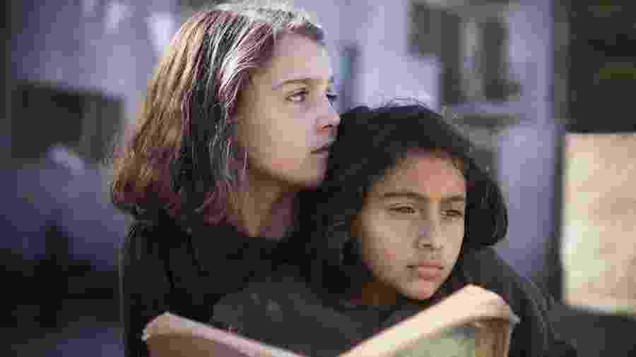 """Cena da série """"My Brilliant Friend"""", baseada no livro """"A Amiga Genial"""" - Divulgação"""