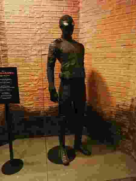 Uniformes do Homem-Aranha estão em exposição na CCXP - Iwi Onodera/UOL - Iwi Onodera/UOL