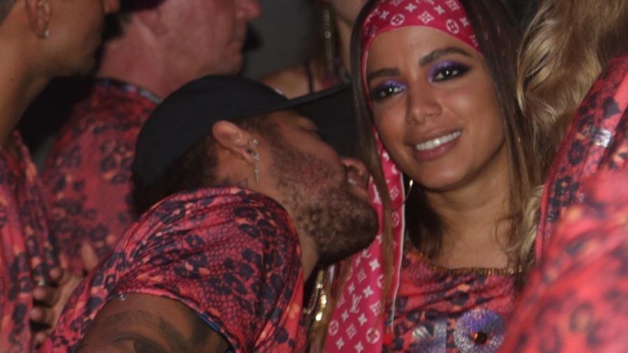 Assessorias de Neymar e Anitta trabalharam dobrado no Carnaval; não dá para ter dó - AgNews