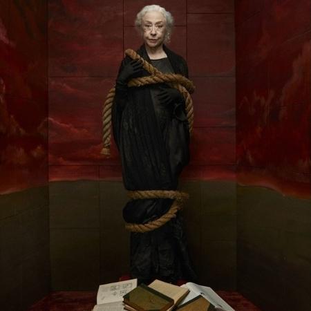 Fernanda Montenegro na revista Quatro Cinco Um: uma bruxa moderna - Reprodução/Instagram