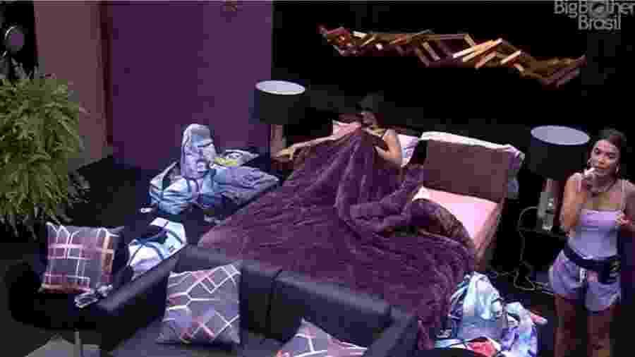 Manu Gavassi e Bianca Andrade em um dos quartos do Camarote - Reprodução/GloboPlay