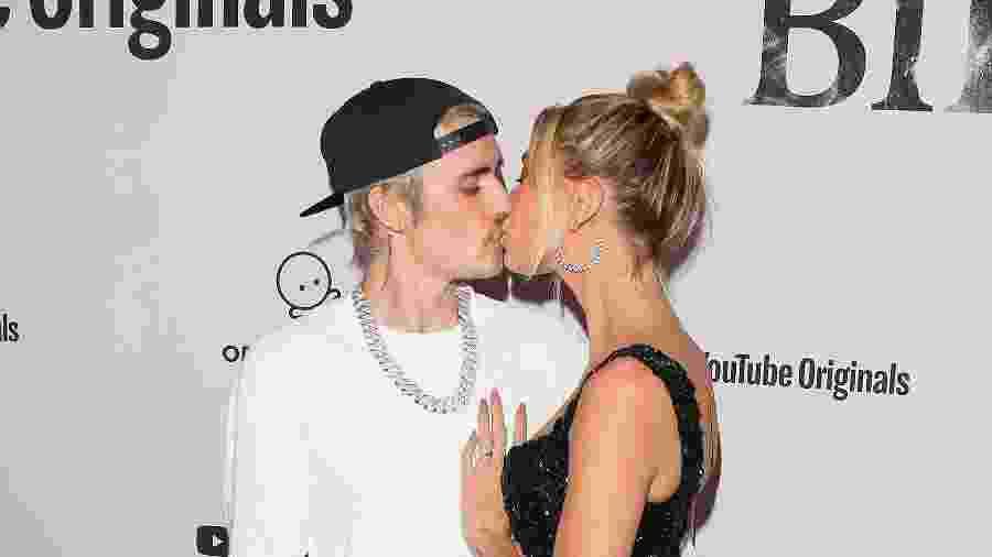 27.jan.2020 - Justin Bieber e Hailey Bieber durante premiere da série do cantor - Jean Baptiste Lacroix / FilmMagic