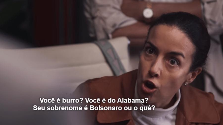 """Cena da série """"A Casa das Flores"""" que faz referência ao presidente Jair Bolsonaro - Reprodução/Netflix"""