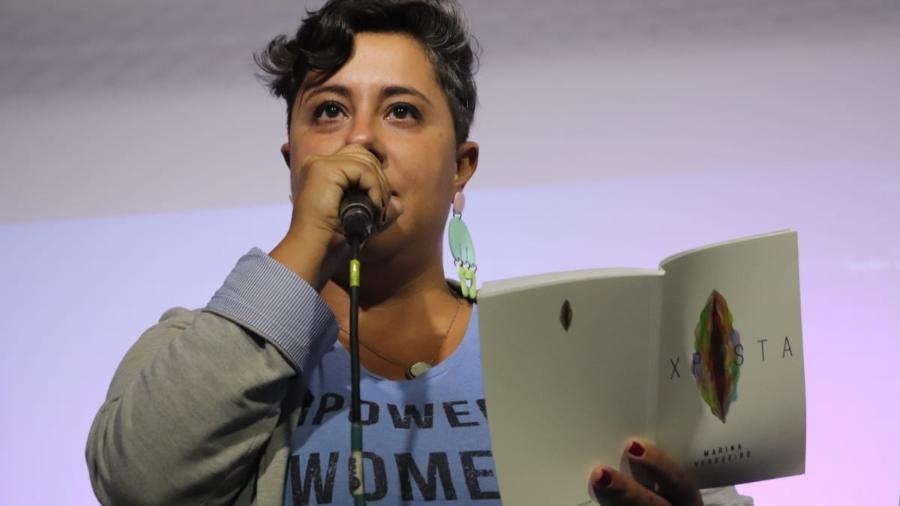 A poetisa Marina Vergueiro superou a Aids e hoje vive com o vírus HIV - Arquivo pessoal