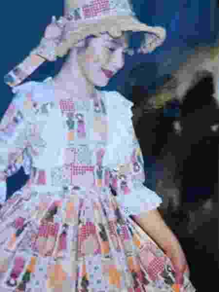 Isabela, irmã de Giovana, com o vestido - Arquivo Pessoal - Arquivo Pessoal