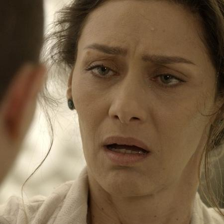 """Joyce vê Ivana de barba e fica chocada em """"A Força do Querer"""" - Reprodução/GShow/A Força do Querer"""