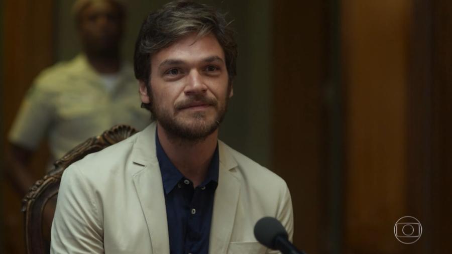 """Miguel revela que é Beto Falcão em """"Segundo Sol"""" - Reprodução/TV Globo"""