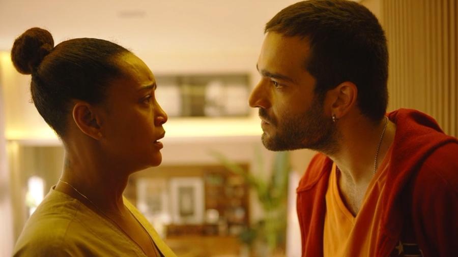 Sandro (Humberto Carrão) e (Taís Araujo) em Amor de Mãe - REPRODUÇÃO/REDE GLOBO