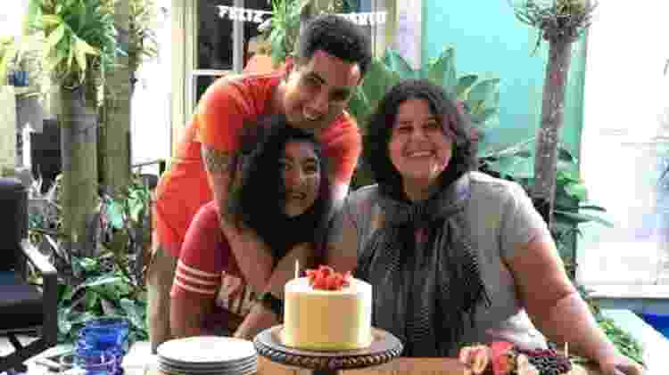 Gays, Silvana e Sergio são pais de Mônica, hoje com 14 anos - Arquivo pessoal - Arquivo pessoal