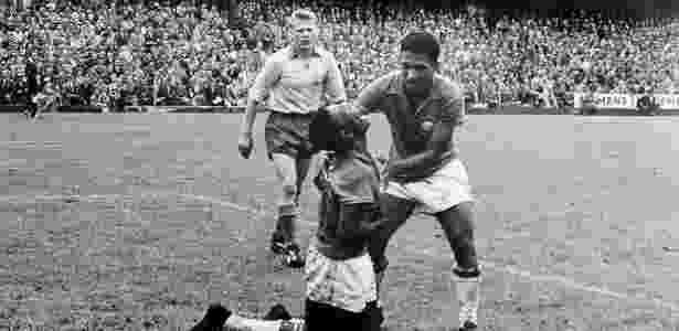 Garrincha e Pelé, durante a final da Copa do Mundo de 1958 - Brasil 5 x 2 Suécia - FASS