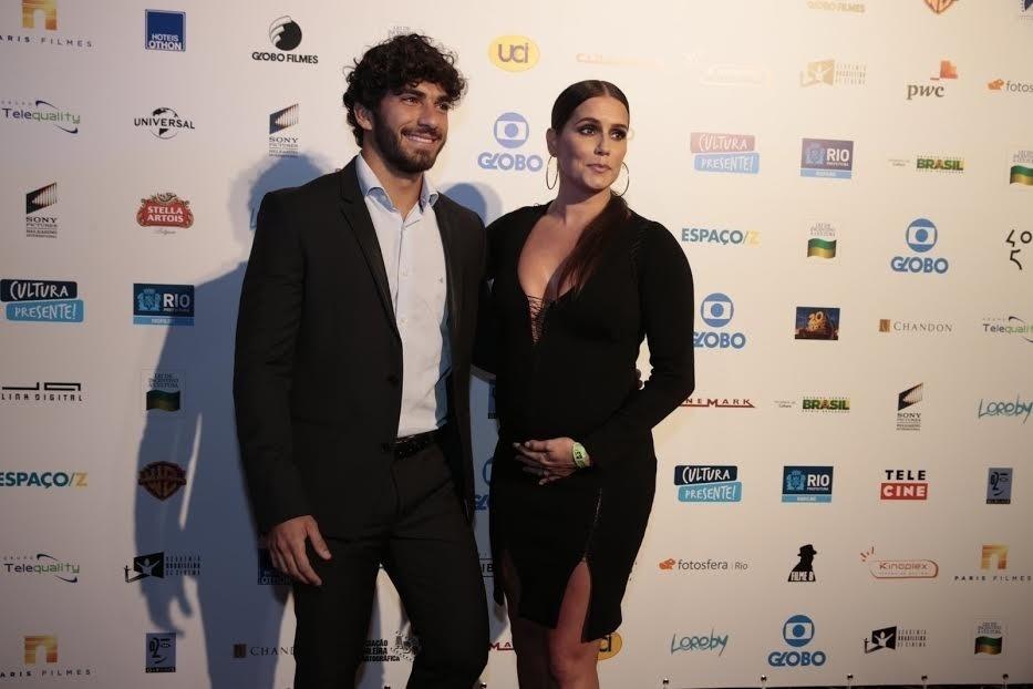1.set.2015- Deborah Secco e o marido, Hugo Moura