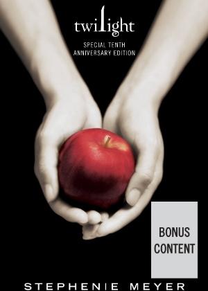 """Capa da edição especial de dez anos do livro """"Crepúsculo"""", de Stephenie Meyer - Divulgação"""