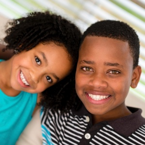 Os irmãos mais novos também se sentem menos espertos que os mais velhos - Getty Images