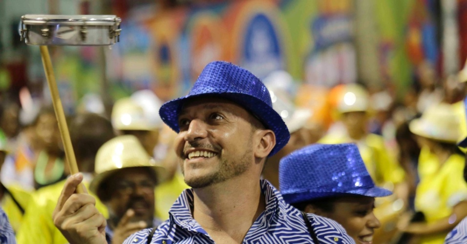 Folião se diverte no carnaval de Salvador