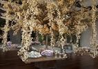 Árvore de doces e mesa com 19 m são destaque em casamento na cidade - Maíra Preto/Yes Wedding