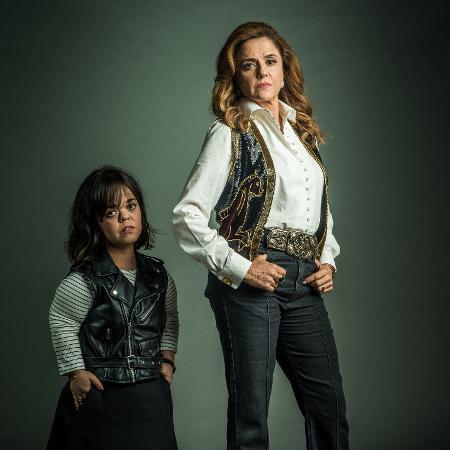 Sophia (Marieta Severo) e Estela (Juliana Caldas) - Divulgação/TV Globo