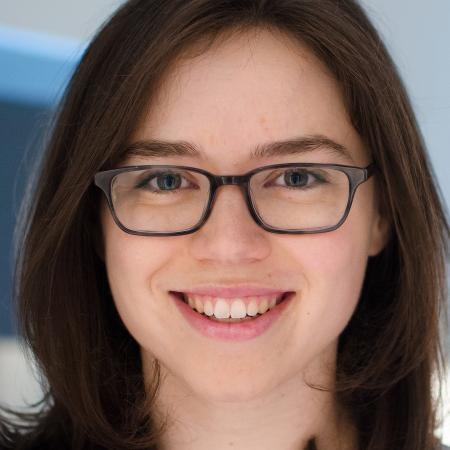 Reformulando seu currículo, Katie Simon conquistou mais de 20 entrevistas de trabalho - Reprodução/Business Insider