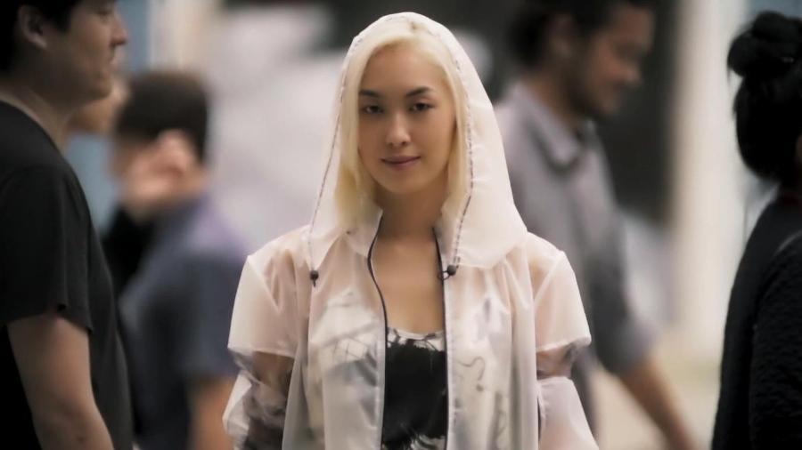 """Tina reaparece loira e cantando japonês em """"Malhação - Viva a Diferença"""" - Reprodução/TV Globo"""