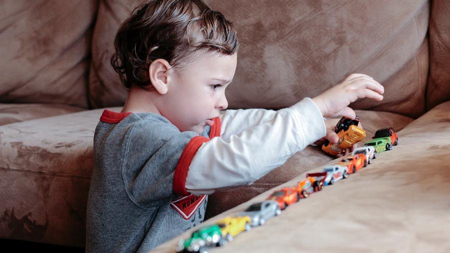 Por envolver muitos fatores, o autismo costuma ser cercado de mitos - iStock