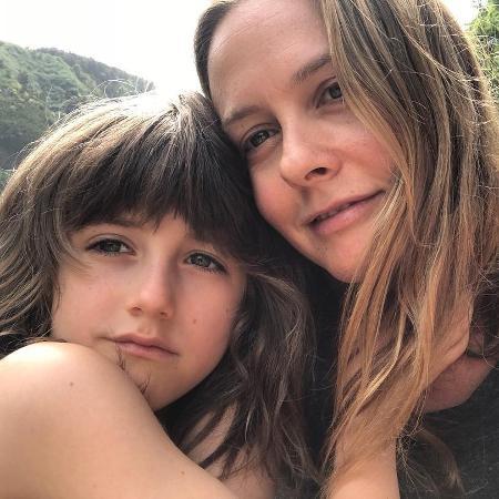 Alicia Silverstone junto ao filho, Bear, de 7 anos - Reprodução/Instagram