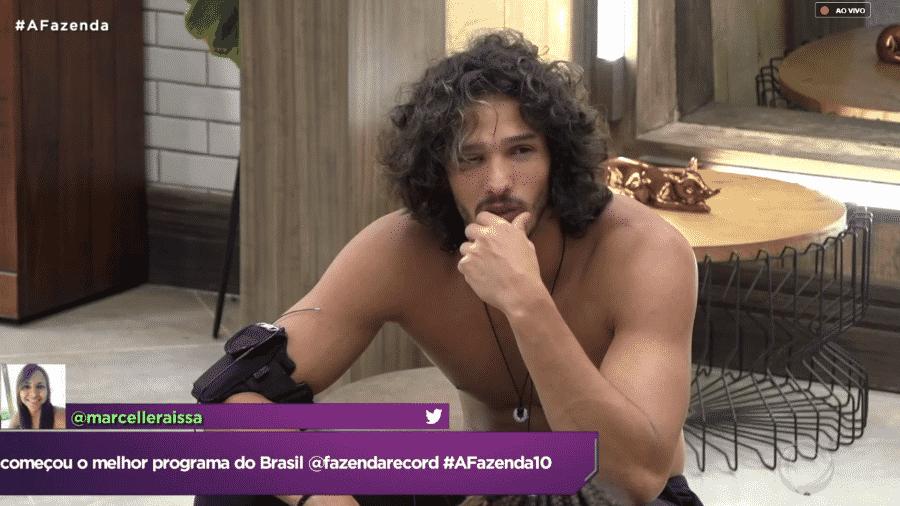 Edição exibe conversa em que João fala sobre Fernanda - Reprodução/PlayPlus
