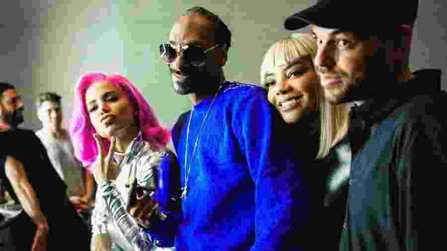"""Anitta, Snoop Dogg, Ludmilla e Papatinho estão juntos em """"Onda Diferente"""", faixa do álbum """"Kisses"""" - Divulgação"""