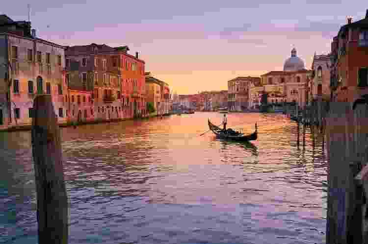 Canais são atração na cidade de Veneza, na Itália - Jan Sandvik / EyeEm/Getty Images - Jan Sandvik / EyeEm/Getty Images