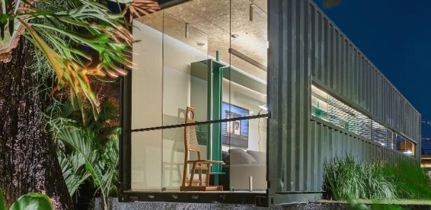 O arquiteto Felipe Soares criou uma casa bem resolvida dentro de um contêiner de 28 m² - Jomar Bragança/ Divulgação