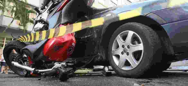 Seguro DPVAT existe desde 1974 e indeniza qualquer vítima de acidente envolvendo veículos automotores; taxa é bancada pelos proprietários de veículos - Severino Silva/Agência o Dia/Estadão Conteúdo