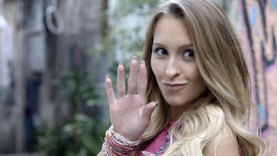 BBB 21: Fãs brincam e desejam que Carine inspire Carla em sua volta para a casa - Reprodução/GShow