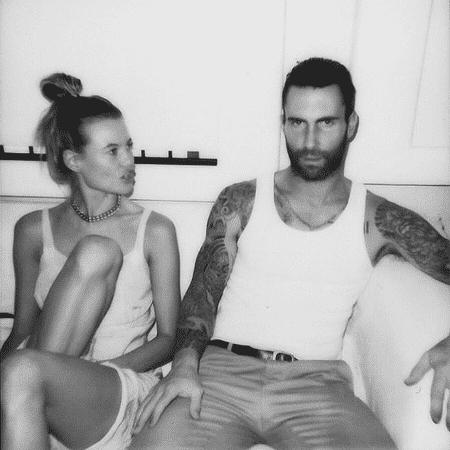 Behati Prinsloo e Adam Levigne serão pais pela segunda vez - Reprodução/Instagram/behatiprinsloo