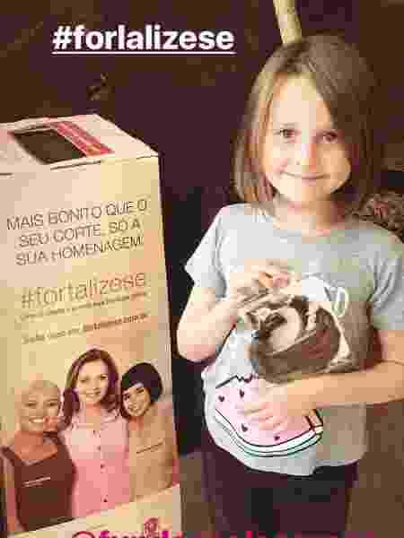 Luiza, filha da atriz Fernanda Rodrigues, doa cabelo para pessoas com câncer - Reprodução/Instagram/fernandarodrigues