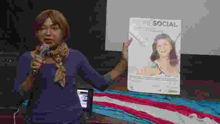 Thina trabalha há quase três décadas com a disseminação de informações sobre o direito das travestis - Reprodução/ Facebook - Reprodução/ Facebook