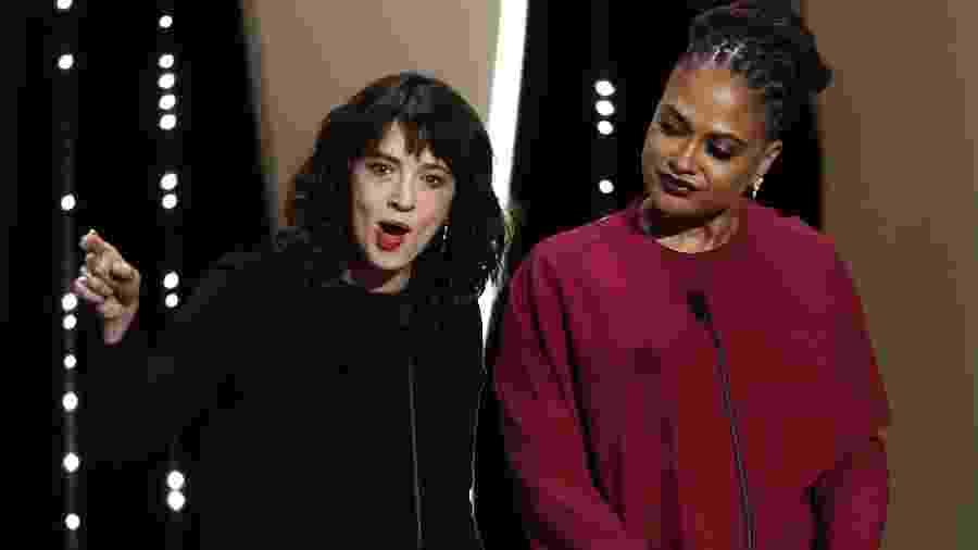 """Ao lado da diretora Ava DuVernay, Asia Argento manda um aviso em Cannes: """"Sentados entre vocês, há aqueles que ainda precisam ser responsabilizados por suas condutas contra mulheres. Vocês sabem quem são"""" - REUTERS/Eric Gaillard"""