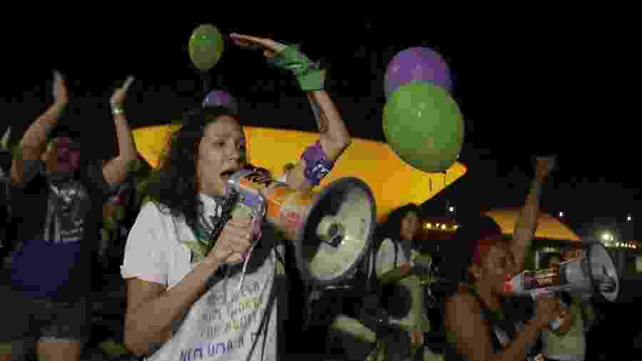 Mônica Benício, viúva de Marielle Franco, participa de ato em Brasília - Lucio Tavora/Uol