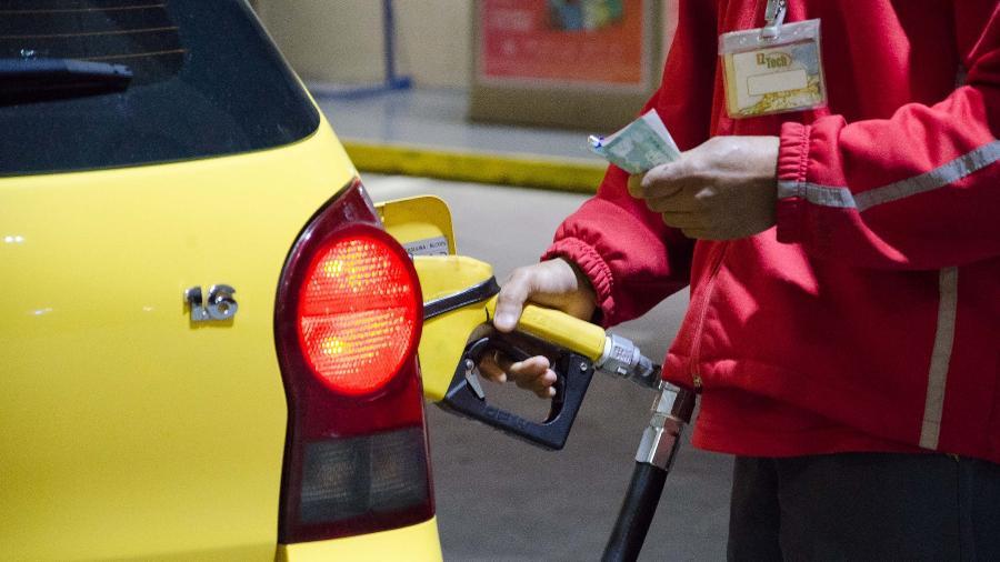 Abastecer com etanol eleva o consumo, mas diferença no preço em relação à gasolina pode compensar - Geremias Orlandi/Futura Press/Folhapress