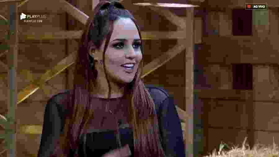 Perlla é entrevistada por Marcos Mion após eliminação  - Reprodução/RecordTV