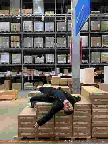 Sam Smith registra sua primeira visita a uma loja de departamento - Reprodução/Twitter