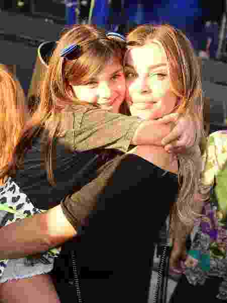 Grazi Massafera abraça a filha, Sofia, no Rock in Rio 2019 - Leo Franco/AgNews