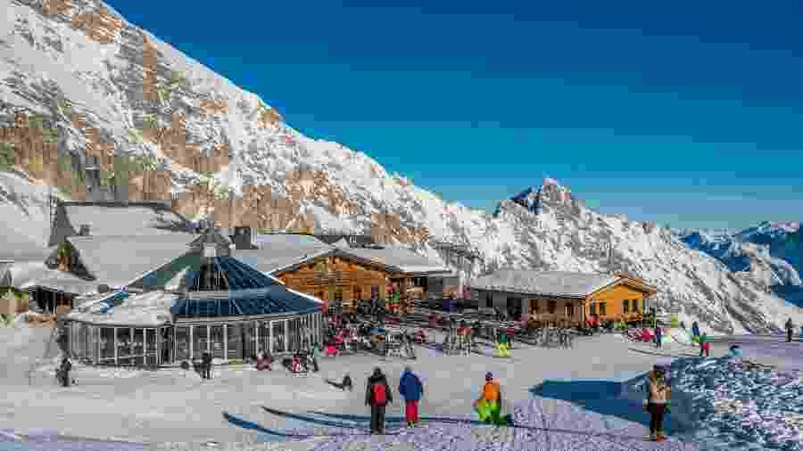Resort de esqui Garmisch-Partenkirchen, na Alemanha - iStock