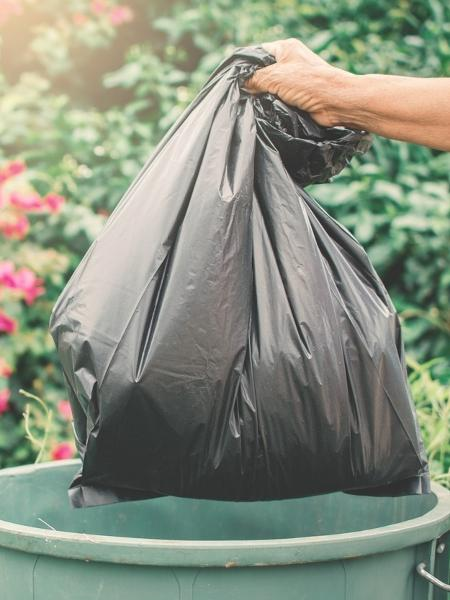 Produção de lixo dentro dos lares aumenta com a pandemia - iStock