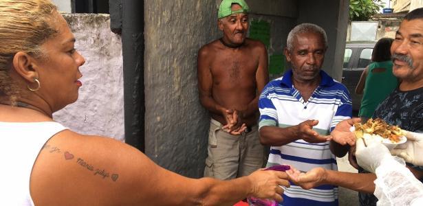 Rio de Janeiro | Cozinha comunitária em área pobre não teme só o vírus, mas a fome