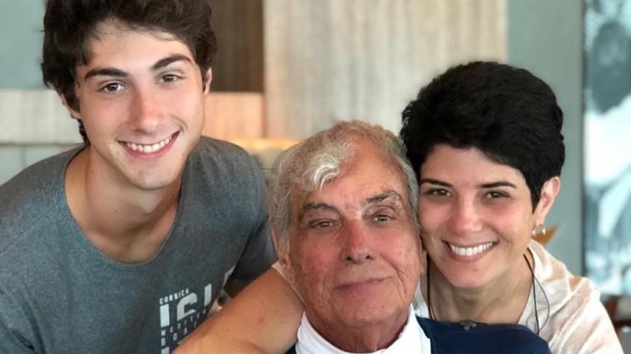 Mariana Godoy ao lado do pai, morto em 2019 - Reprodução/Instagram